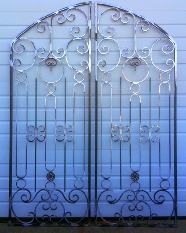 Creative iron designs Main entrance door grill